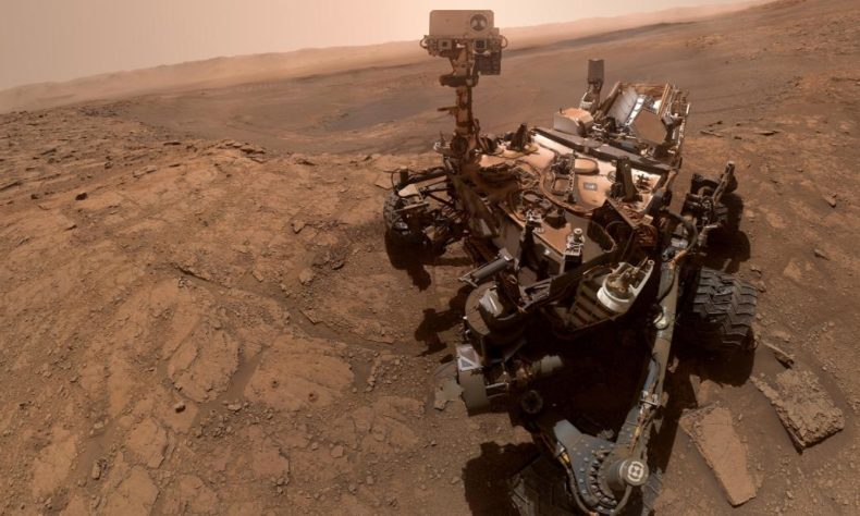 NASA Curiosity Rover Shares High-Resolution Mars Panorama You've Never Seen Before